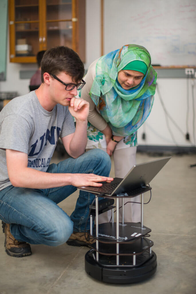 All-wireless leap pays off at University of New Hampshire